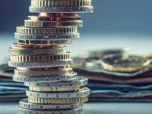 Finante si Banci